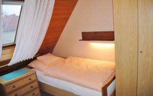 Ferienhaus Harmening FeWo 6 - Schlafzimmer klein
